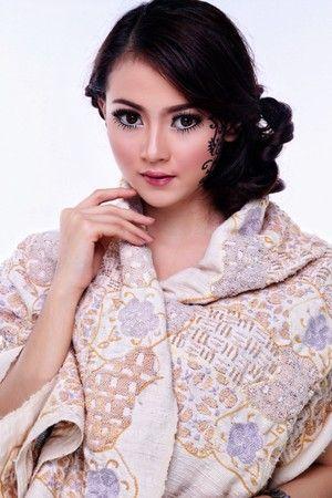 Sekar Jagad Batik Tambour Beading & Embroidery Couture Fabric, IDR 2.999.900