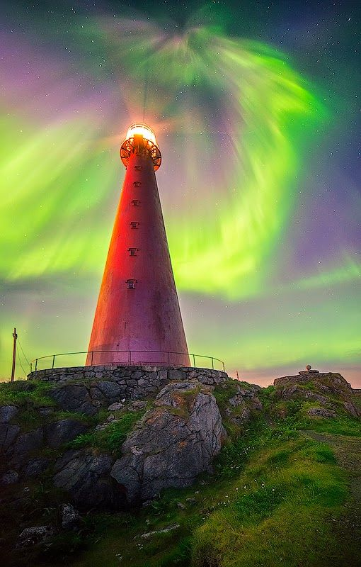 Aurora, Norway Lighthouse