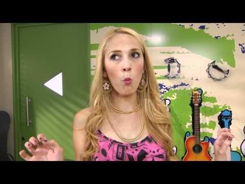 Violetta - Ludmila Cyberst@r: Ep 2: Lecciones de canto - YouTube