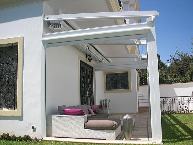 Pergole Unica 130, pergole retractabile Gibus cu structura aluminiu pentru terase case si vile. Foto pergola terasa casa.