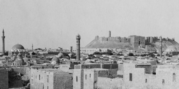 [Ottoman Empire] Aleppo and Castle from Southwest, Syria, 1890s (Osmanlı Halep'i, Suriye, 1890'lar)