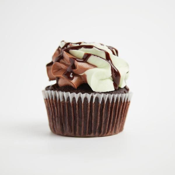 Mint Choc Chip Cupcakes By Crumbs Doilies Vegan Chocolate Cupcakes Vegan Vanilla Cupcakes Baking