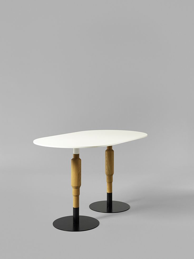 Minus tio - Cosmos 2X 730mm wood pedestal table in clear lacquered oak with black base
