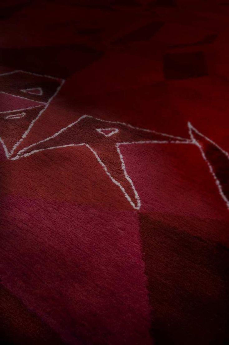 campari soda #Disegno ispirato dallo stile di Depero e della sua bottiglietta progettata per l'azienda Campari. http://nodusrug.it/it/collezione_tappeti_scheda.php?ID=CSODA