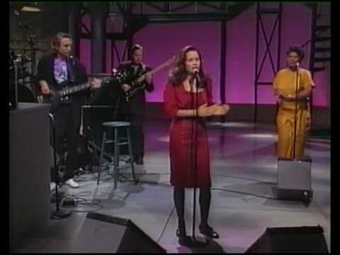 Personal : Soulmates, Lovers, Bestfriends, Husband & Wife, to US! 10000 Maniacs (Natalie Merchant) Trouble Me Live on US TV