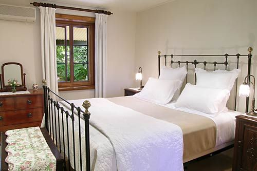 Luxury Barossa Accommodation Barossa Valley - Welcome to Seppeltsfield Vineyard Cottage