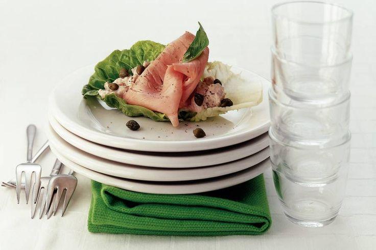 Kijk wat een lekker recept ik heb gevonden op Allerhande! Fricandeau met tonijn in slablad