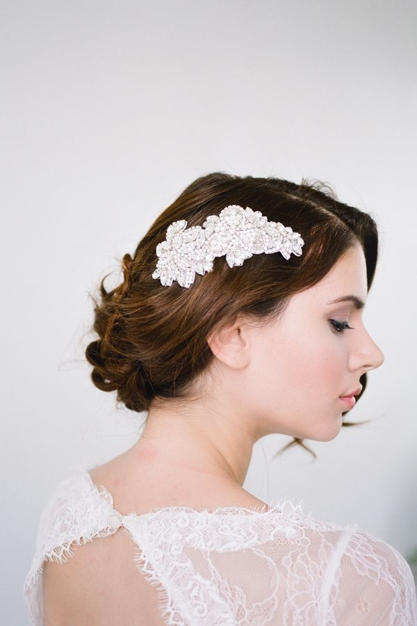 Bride La Boheme | Siv Silver bridal head comb #bridalheadpieces #weddingaccessories #bridelaboheme ( Instagram @bridelaboheme)