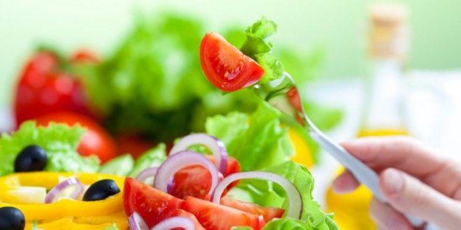 Çoğu kişi bazı pratik yaklaşımları ve besinleri-mutfağı dikkate almadığı için çok doğru olmasa da diyet olarak adlandırdığı kilo verme girişimlerinde çoğu zaman başarılı olamıyor. #diyet #diyetisyen #besinler #kalori