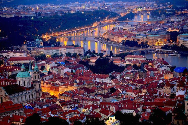Las mejores ofertas de hoteles en Praga - http://revista.pricetravel.com.mx/hoteles/2015/06/24/las-mejores-ofertas-de-hoteles-en-praga/