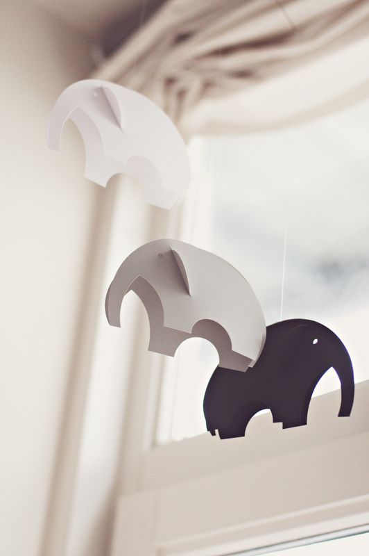 DIY: Paper elephant mobile