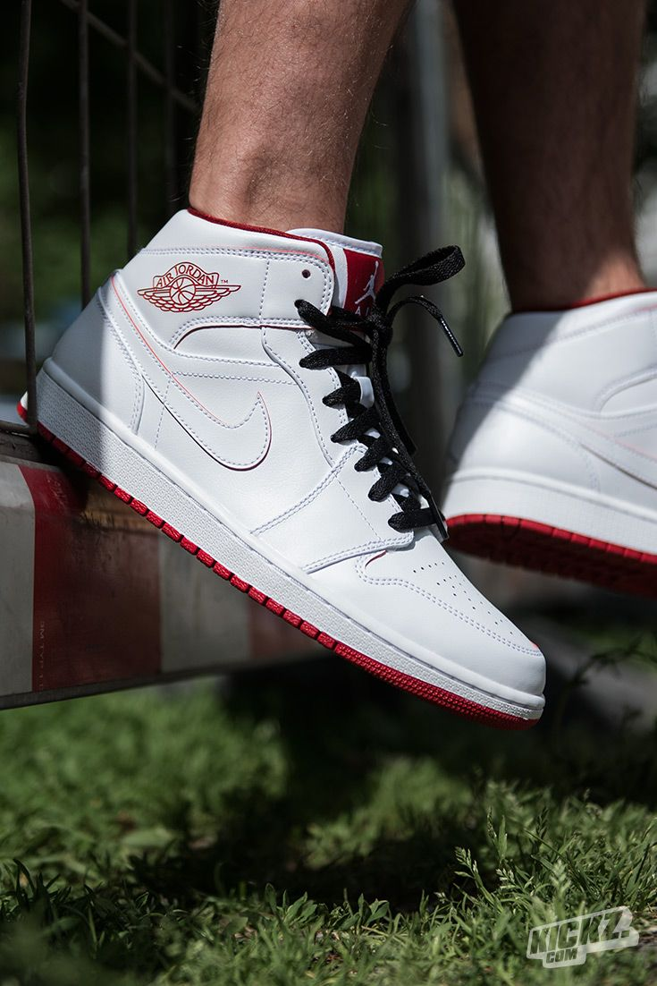 The color on these Air Jordan 1 Mid doesn't fade like on the original, but  apart from that the Gym Red colorway looks very similar.