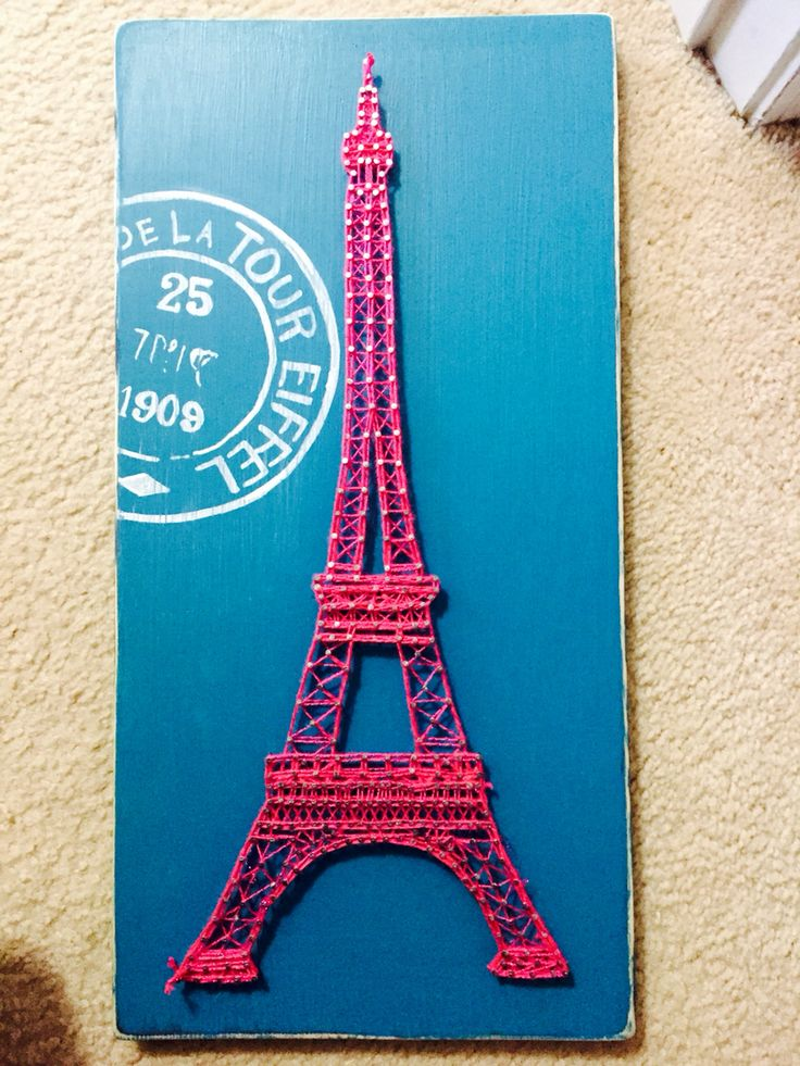 Eiffel Tower string art. Loving me some French decor!
