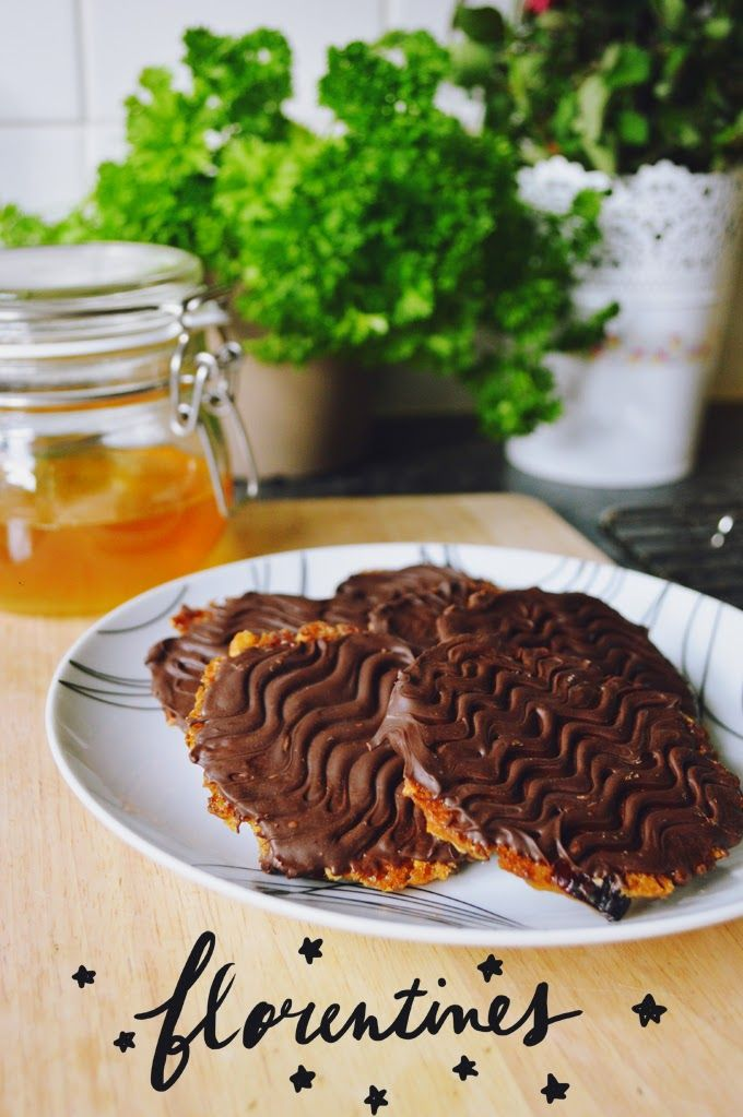 MARY BERRY'S FLORENTINES       PREP TIME: 30MIN | BAKE TIME: 10MIN     I'd been craving these classic biscuits since they appeared ...