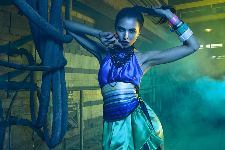 © Clemens Bednar - Top, Belt and Skirt by Clara Waldburg Couture