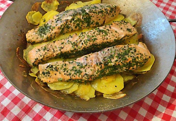 Lazacfilé sült burgonyával