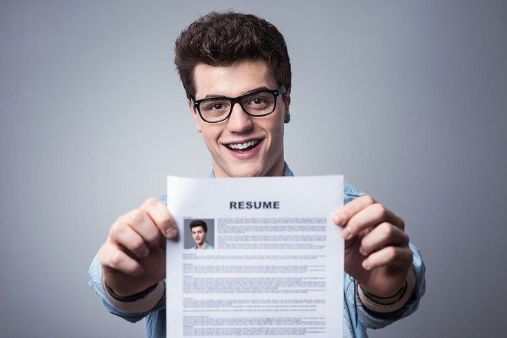 8 Resume tips for landing an hourly position