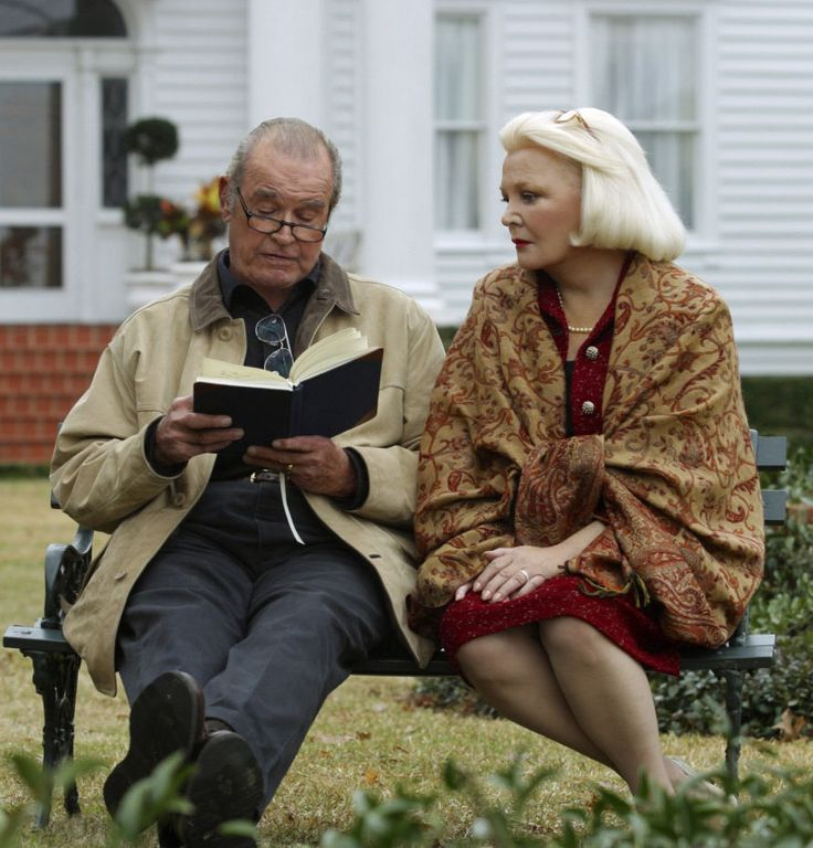 "Tierno final, no? James Garner y Gena Rowlands en ""El diario de Noa"", 2004  ""The Note Book"""