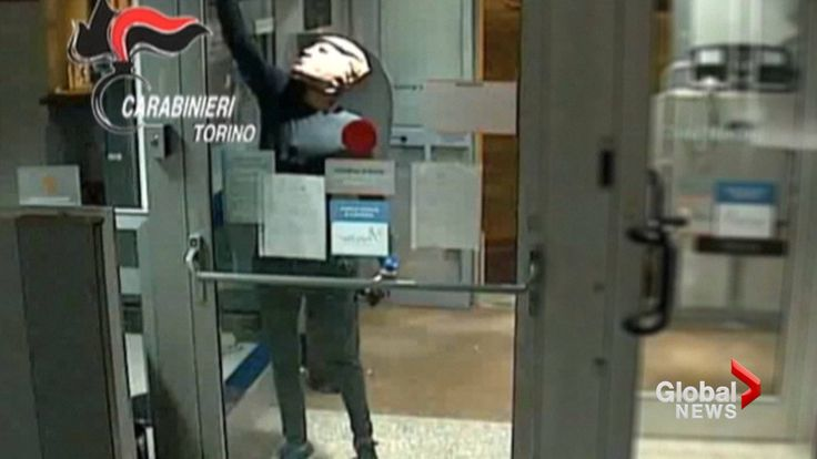 Thieves don Donald Trump masks in Hollywood-inspired bank machine heist https://tmbw.news/thieves-don-donald-trump-masks-in-hollywood-inspired-bank-machine-heist  Two brothers suspected of robbing dozens of cash machines near the northern city of Turin while disguised in masks depicting U.S. President Donald Trump have been arrested, Italian police said on Monday.The stunt evokes the 1991 film Point Break starring Keanu Reeves and Patrick Swayze, in which a gang of surfers don masks of…
