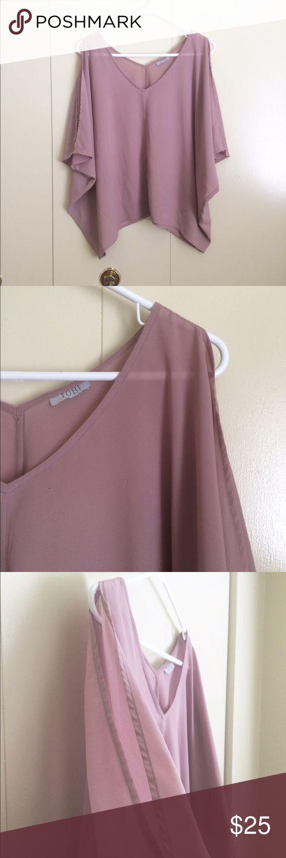 Lilac Tobi Open Shoulder Chiffon Top Light dusty purple drapey top, slits in the sleeves, sharkbite hemline Tobi Tops Blouses