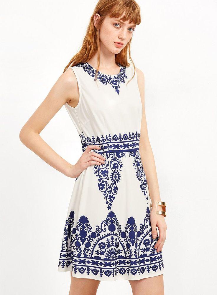 Sleeveless Blue and white Porcelain Printed Dress