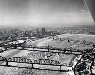 the winter of 1978 was the last time the Ohio River froze over in Louisville.