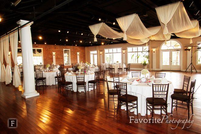 © Favorite Photography | The White Room | Reception | Table Setting | Wedding Decor | Saint Augustine Wedding