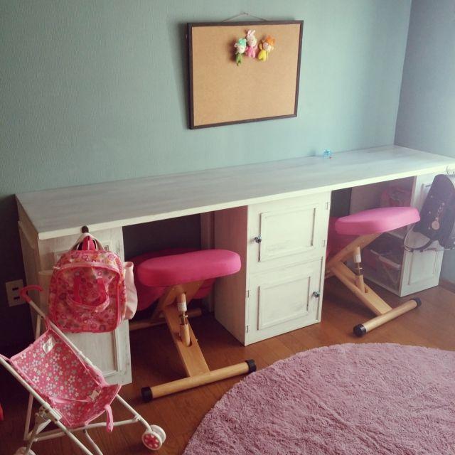 Akikoさんの、机,カラーボックス,子ども部屋,DIY,学習机,女子部屋,団地DIY,姿勢が良くなる椅子,のお部屋写真