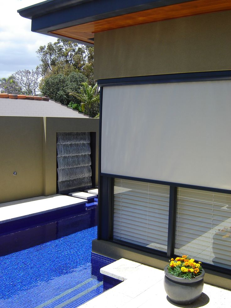 Modern outdoor retractable blinds and awnings. Using external shades on your windows is the most energy-effecient way to combat the sun's heat, glare and UV rays.