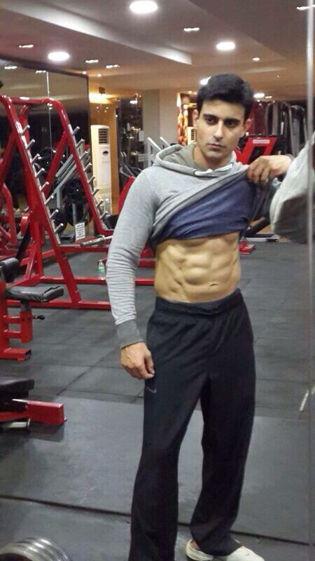 #GautamRode looking pretty hot and sexy here!!