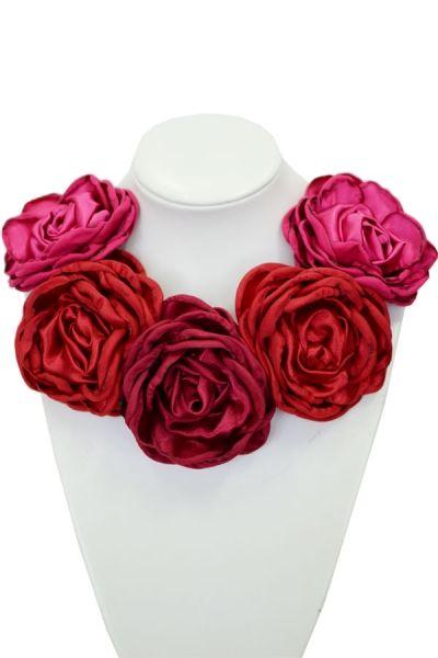 Kwiatowa kolia - model 01 - czerwienie