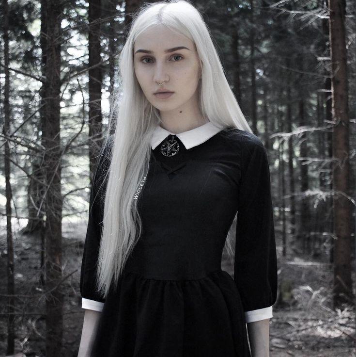 Dark fashion ● YouTuber ● Vegetarian🌿 Facebook & Twitter: wioleth  ✉️wioleth.official@gmail.com