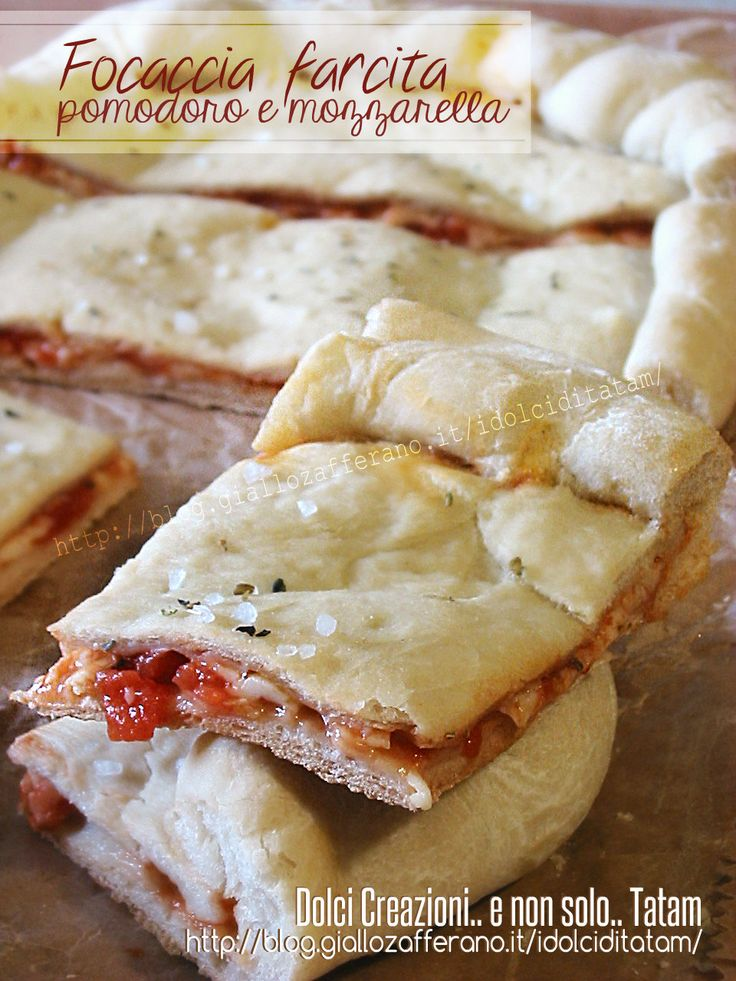 Focaccia farcita pomodoro e mozzarella 1a