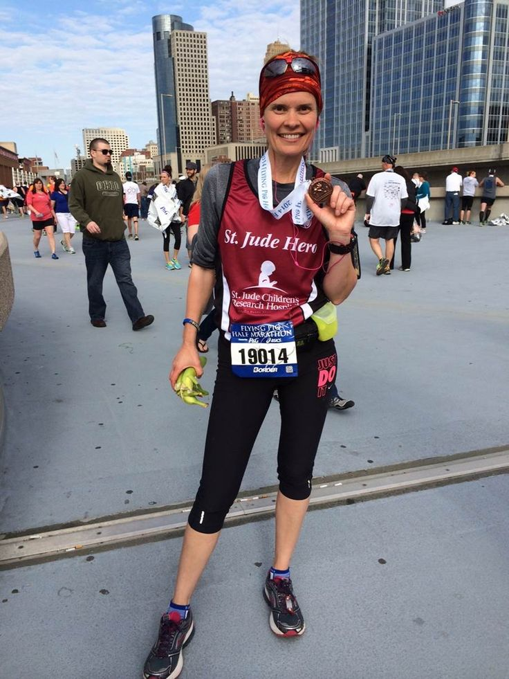9 Country music artists are giving back to St. Jude Children's Research Hospital by running in the Nashville Marathon Relay!