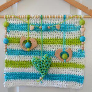 oiseaux-coeur-crochet-sur-cintre-recyclé