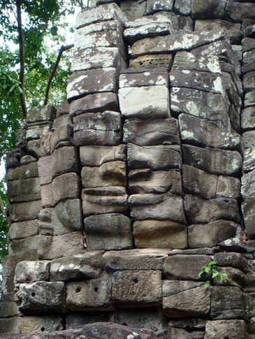 Banteay Chhmar is also famous for its giant faces.