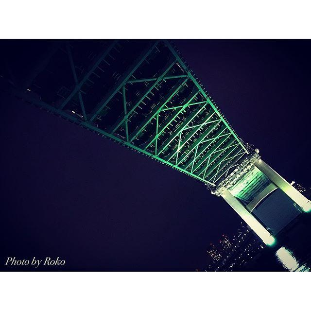 Instagram【roko_lovetruss】さんの写真をピンしています。 《《1日1鉄骨シリーズ》 くぐらせていただきます♡ #1日1鉄骨 #鉄骨娘 #トラス女子  #もはや興奮しかないですね  #エロくてすみません  #橋の下のトラス感がたまらない  #10月1日は乳がん予防啓発で東京タワー様もレインボーブリッジもフジテレビも観覧車もピンクのライトアップでした  #クルージング中に撮影  #ピンクまみれ  #乳がん予防啓発  #鉄骨 #トラス構造 #橋  #レインボーブリッジ #お台場 #東京湾  #クルージング #夜景  #写真好きな人と繋がりたい  #フォロー大歓迎  #tokyo #odaiba #rainbow #bridge》