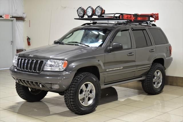 Jeep Grand Cherokee Complements The Landscape Of Your Life With