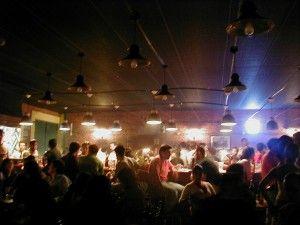 30 sitios donde #encontrar #pareja - Pub
