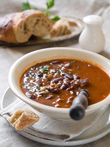 paleron, cumin, poivron rouge, haricot rouge, tomate, vin blanc sec, oignon, piment fort, poivron, bouillon