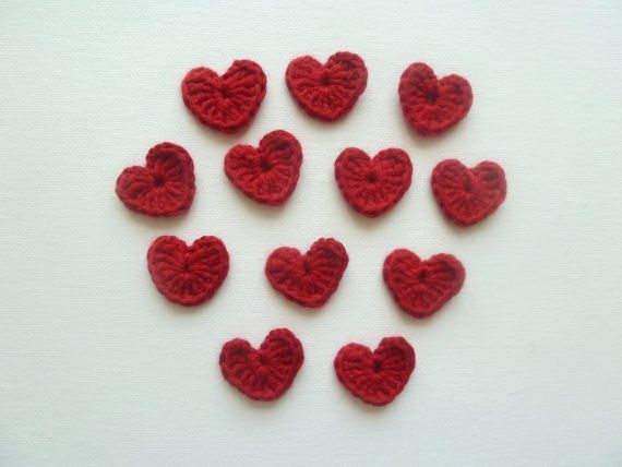 Red Heart Crochet Applique  set of 6  by cocodeniz on Etsy, $5.00