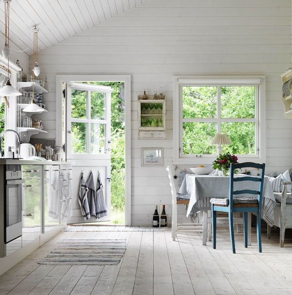 Home and Delicious: home visit: tiny summer cabin in sweden