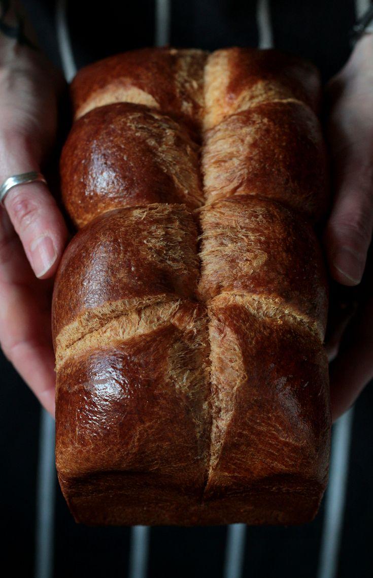 The English version of the Brioche loaf recipe is beneath the Hungarian post. Brioche ( briós ) Nanterre igazi francia …