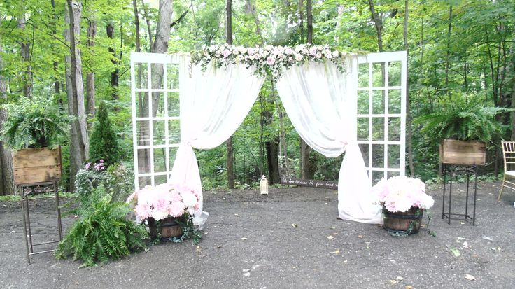 Ceremony altar at the Cathedral of Trees #forestwedding #kortrightcentre #wedding