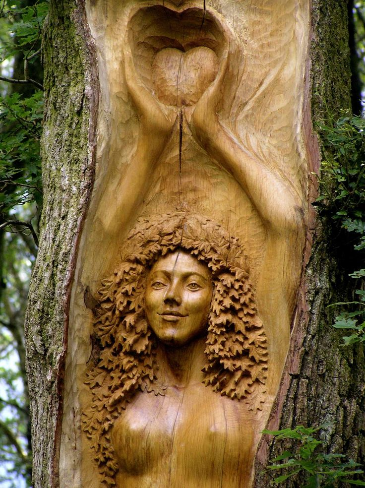 "Druids Trees: ""Tree Goddess"" carving by Peter Boyd, Cae Mabon, Snowdonia, Wales."