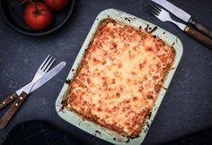 Veel groente met dit vegetarische lasagne recept van broccoli en courgette uit de oven. Deze lasagne staat binnen 30 minuten op tafel en is makkelijk om te