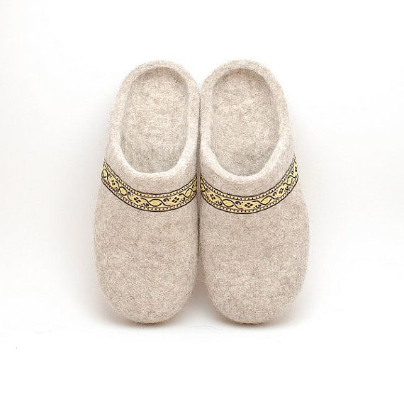 Felted wool slippers beige - organic wool felt slippers with rubber soles - Eco-friendly  house shoes