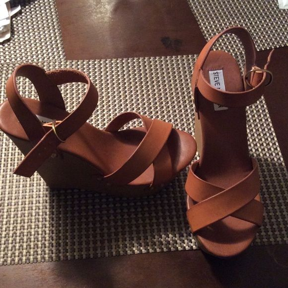 2e8d06d46ee Steve Madden Wedges Carmel colored tan Wedges, Never worn out size 9 ...