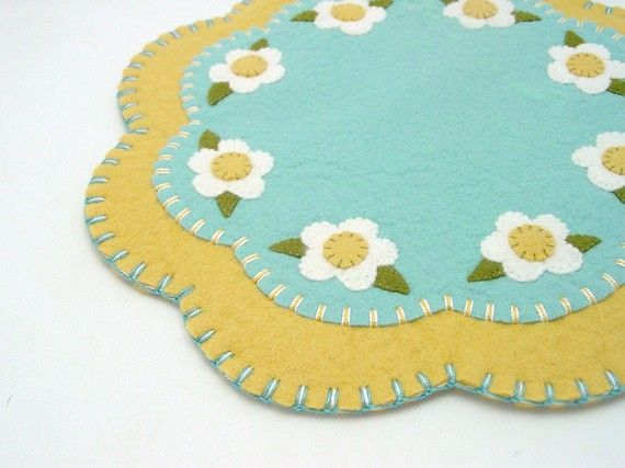 Penny Rug Style Spring Flower Design Candle, Table or Tree Mat