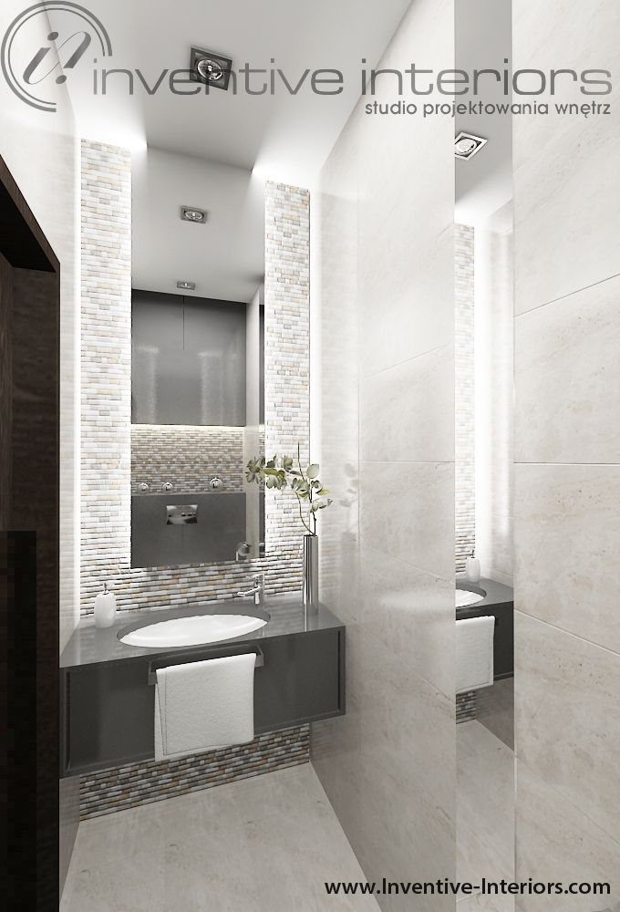 Projekt wc Inventive Interiors - luksusowa mała łazienka w szarości i beżu z ciekawą aranżacją luster